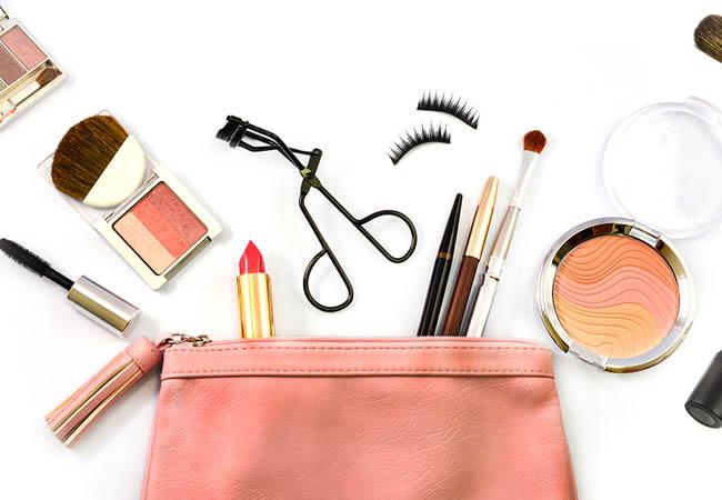 makeup props